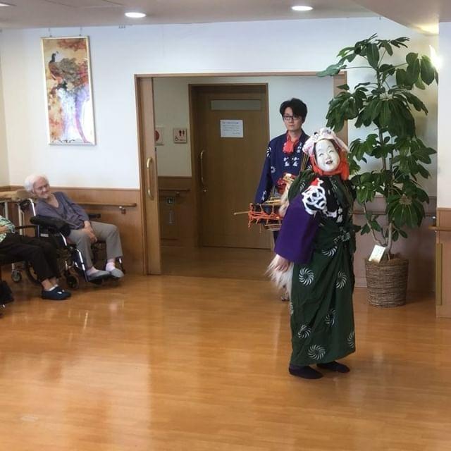 川崎にある老人ホームにて!ちょい岡と言う獅子舞の演目!#老人ホーム #獅子舞