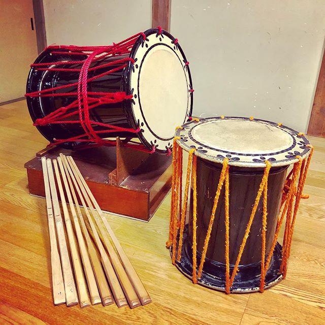 .正解は、大拍子の撥(バチ)切って削ってやすりをかけて6時間かけて6本完成!#大拍子 #撥 #バチ #手作り #竹#神楽 #神楽囃子 #伝統芸能#日本の文化 #日本 #横浜#drumstick #handmade #bamboo#kagura #traditionalperformance#japaneseculture #japan #yokohama