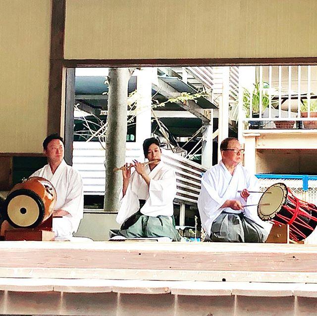 .令和記念 神楽奉納鳴り物も豪華!私達弟子にも貴重な経験勉強させていただきました.#令和 #令和元年 #新元号#神楽 #神社 #伝統芸能