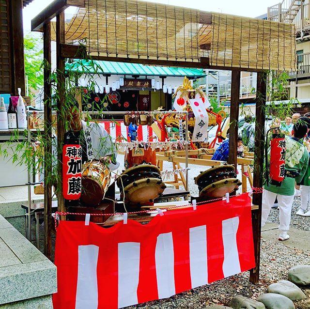 .神輿の宮入に合わせ、神社に鳴り響くお囃子。たくさんの人々で賑わいました!#お祭り #神社 #神楽 #囃子#橘樹神社 #天王町 #横浜