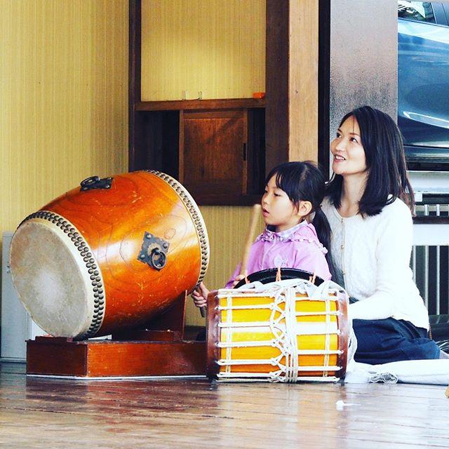 夏祭りに向けてお神楽の練習。親子、孫と一緒にお神楽体験大歓迎。#里神楽 #親子 #お祭り #日本文化